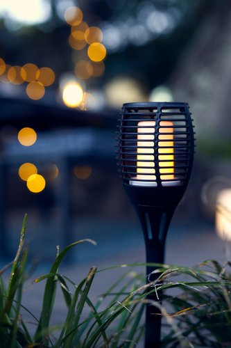 Záhradná lampa TRIPPS Ø10xV60 solárna