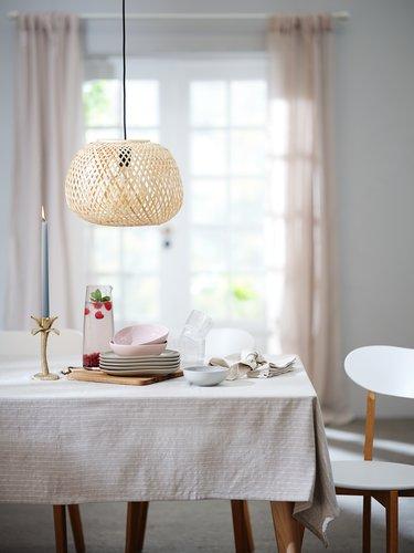 Ruokapöydän tuoli JEGIND valk./puunvär.