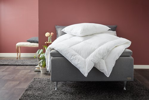 Couette 2100g BRURI chaud 200x220