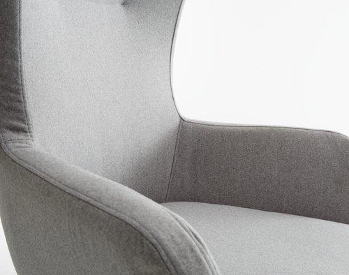 Kreslo ARDEN s podnožkou sivá