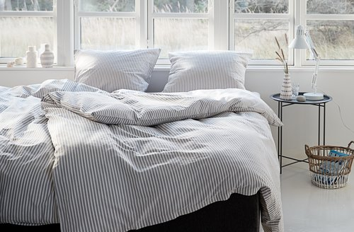 Set posteljine SUS obojene niti 140x220
